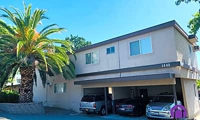Building, 1440 Oakland Blvd, 0