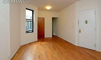 Living Room, 631 Grand Ave 3-R, 1