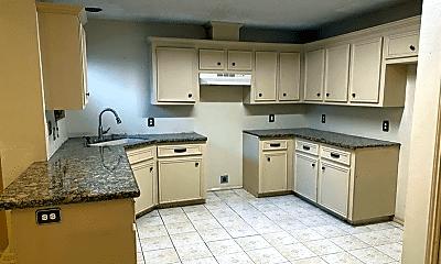Kitchen, 225 E Maple Ave, 1