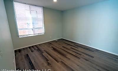 Bedroom, 314 S Manhattan Pl, 2