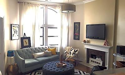 Living Room, 2105 S Ashland Ave, 1