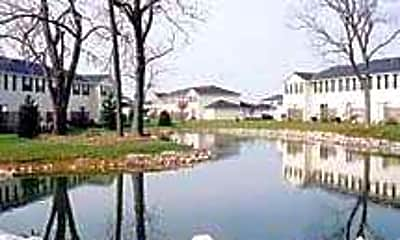 Oak Bend Commons, 1