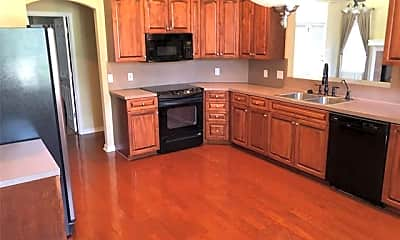 Kitchen, 102 Diana Dr, 1