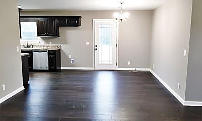 Living Room, 705 Oak Dr, 1