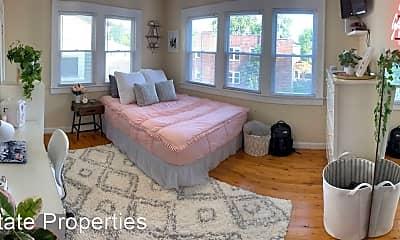 Bedroom, 174 E Tompkins St, 1