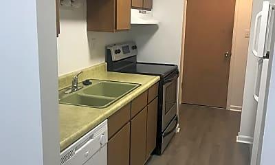 Kitchen, 1000 Croghan St, 2