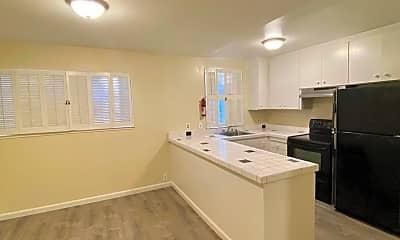 Kitchen, 395 Orange St, 1