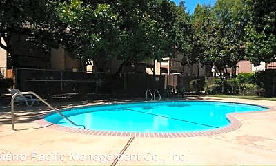 Pool, 1425 Nord Ave, 1