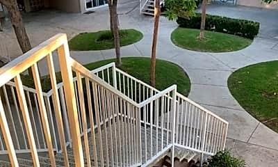 Patio / Deck, 205 E Clifton Ave, 1