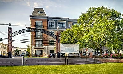 Building, 55 W Front St 402, 1