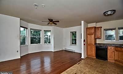 Living Room, 359 N Franklin St, 2