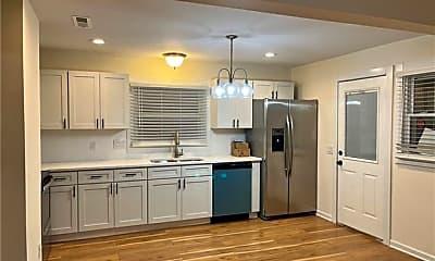 Kitchen, 200 Skyland Ave B, 0