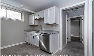 Kitchen, 2018 Lakeland Ave, 1