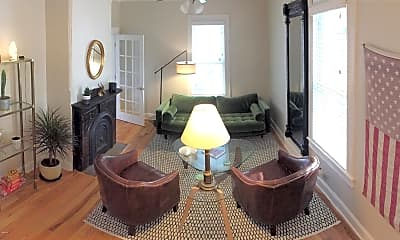 Living Room, 804 Emory St, 1