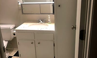 Bathroom, 848 Dodd Rd, 2