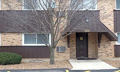 Building, 2200 Arbor Cir 2, 0