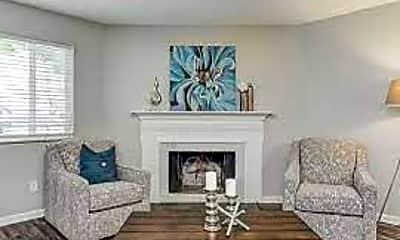 Living Room, 2050 Texas Plaza Dr, 1