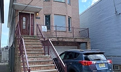 Building, 141 Van Winkle Ave 1, 0