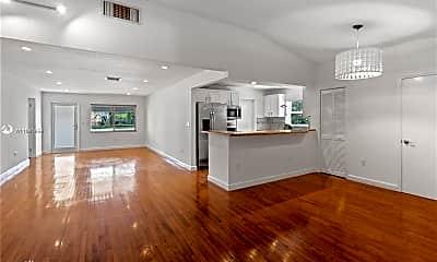 Living Room, 6043 SW 34th St, 0