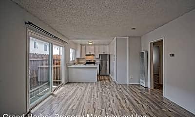 Living Room, 2307 Carnegie Ln, 0