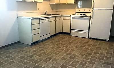 Kitchen, 128 N Walnut St, 1