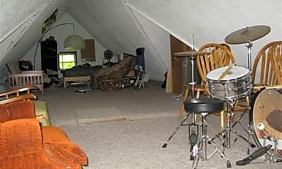 Bedroom, 502 E Ann St, 2