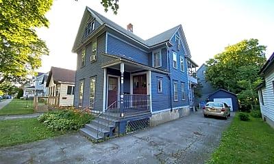 Building, 70 Sanford St, 1