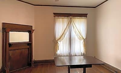 Bedroom, 189 W Main St, 2