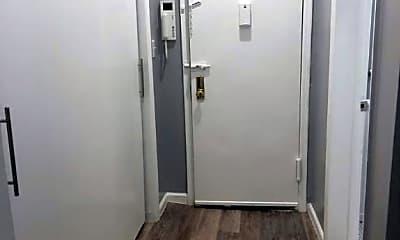 Bathroom, 4 W 28th St, 2