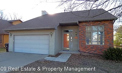 Building, 6337 N Frostwood Pkwy, 1