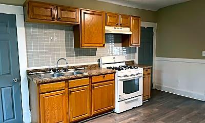 Kitchen, 1648 Bush Ave, 1