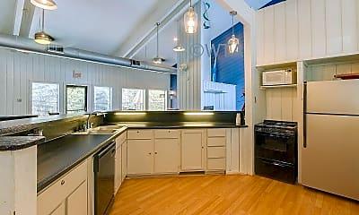 Kitchen, 11845 West Ave, 2