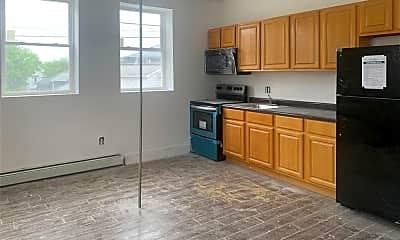 Kitchen, 92 Glenwood Ave 14, 2