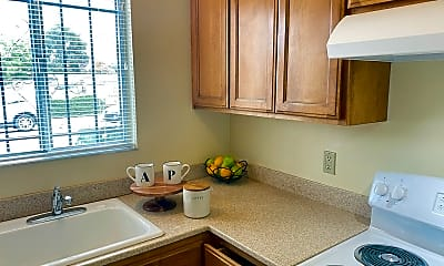 Kitchen, 3762 Shafter Ave, 0