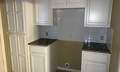 Kitchen, 5803 Rio Vista Dr, 2