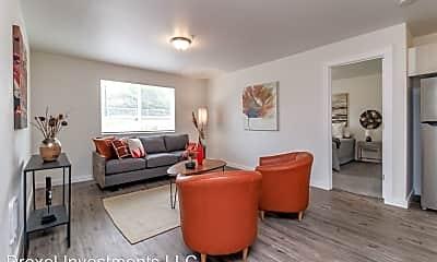 Living Room, 3903 S Tyler St, 0