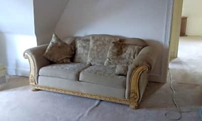 Bedroom, 523 Oley St, 2