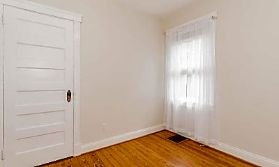 Bedroom, 204 Parkview Ave, 2