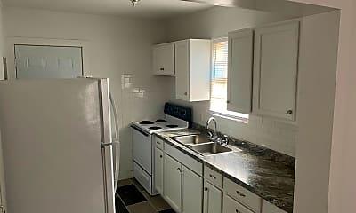 Kitchen, 1117 S 11th St, 1