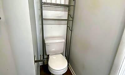 Bathroom, 526 Paris Ave SE, 2