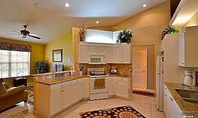 Kitchen, 5923 Sand Wedge Ln, 2