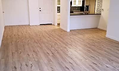 Living Room, 1031 N Crescent Heights Blvd, 0