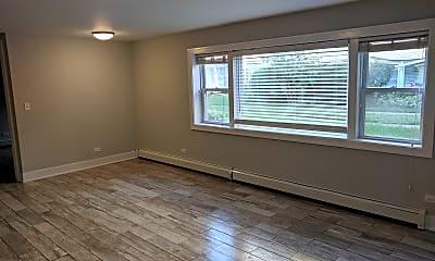 5852 W Irving Park Rd #6, 1