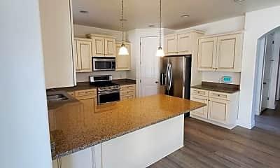 Kitchen, 3394 W Zermatt Dr, 2