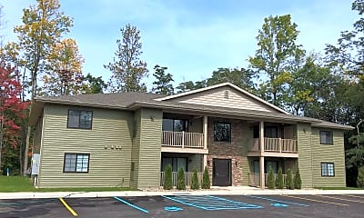 Building, Erie Woods Luxury Apartment Homes, 0