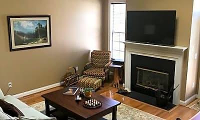 Living Room, 11 Three Oak Ln, 1