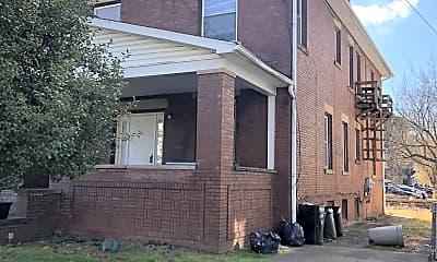 Building, 1527 Jackson St, 2