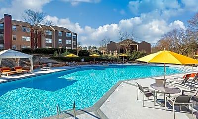 Pool, Parc Shores, 2