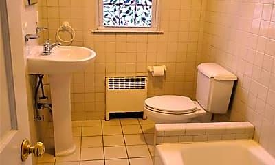 Bathroom, 1 Rockland Ave, 2
