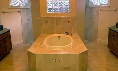 Bathroom, 11064 Eggers Ln, 2